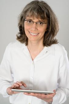 Geschäftsführerin Dipl.-Ing. Angelika Bernard